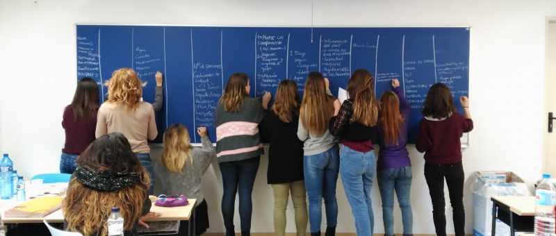 La Cooperativa Humanitaria - Escuelas e institutos